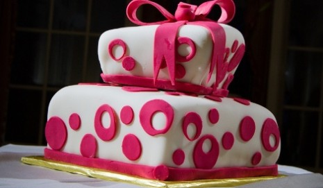 Plan a gluten-free wedding reception